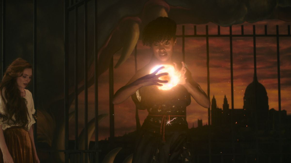 Rochelle Neil manifests a wheel of fire in a dark room in The Nevers